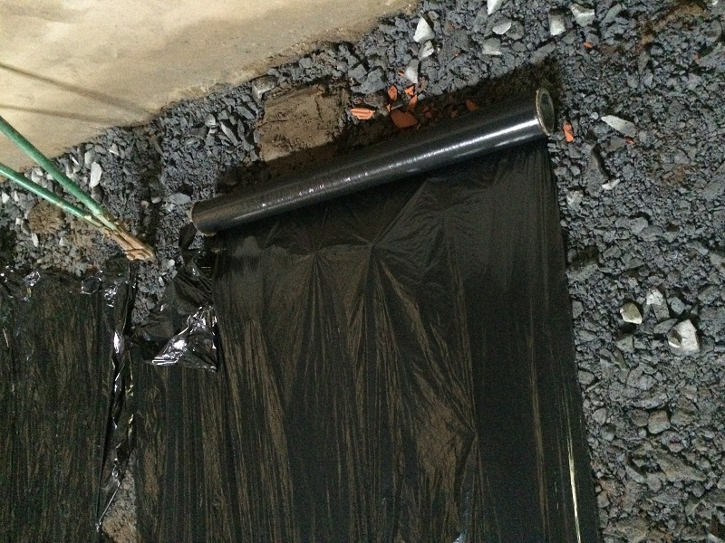 Ni lông lót sàn đổ bê tông
